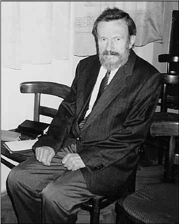 Farář Bedřich B. Bašus